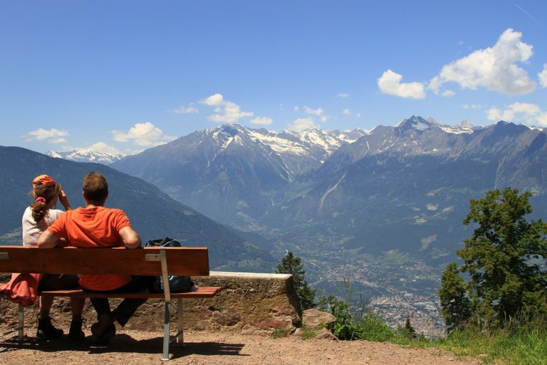 Read more about the article This holiday visit mountains and make it Memorable